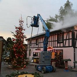 Migros Weihnachsspot 2017...das Haus wird geschmückt...