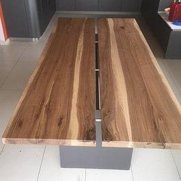 Claude Murisier - Table piètement Acier et dessus Orme Massif - 2m80 X 1m10