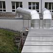 Monobloc mit Lüftungsanlage und thermische Isolation mit Lüftungsverkleidung