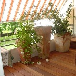 Terrassenboden und -möbel, Geländerverglasung