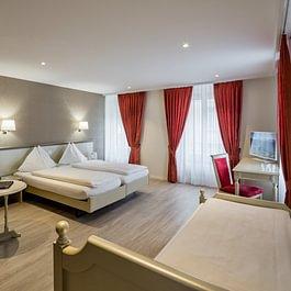 Standard Dreibett- bzw.  Familienzimmer - Standard triple resp. family room