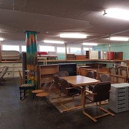 Viele Möbel