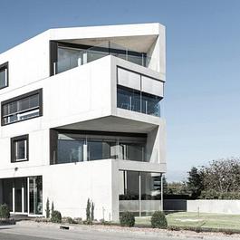 Habitation et bâtiment commercial, Morat, 2014
