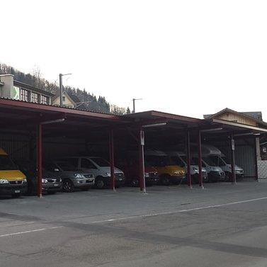 Fahrzeugstandort Freudenau 4317 beim Bahnhof Lichtensteig