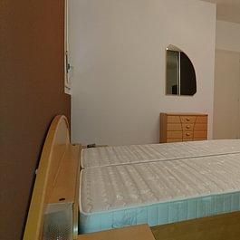 Peindre la paroi tête de lit apporte un plus à une chambre