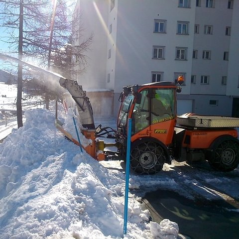 Frei Transporte Davos AG Winter Fahrzeug