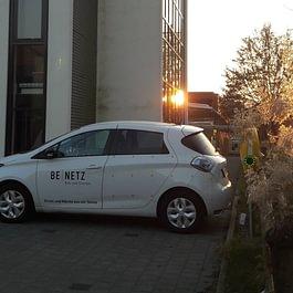 E-Mobilität mit Solarladestation