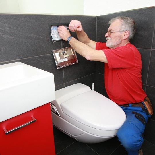 Service WC Spülkasten