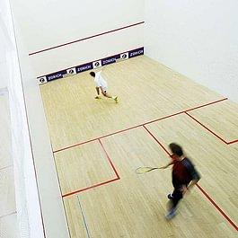 4 Squash Courts