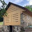 Rustico con tetto in piode