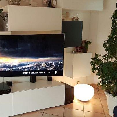 Installation et configuration de matériel audiovisuel