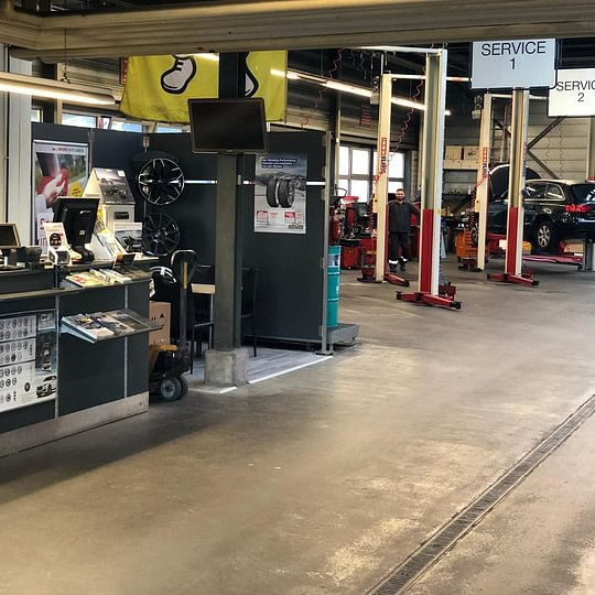 Werkstatt, Garage