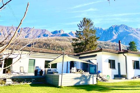 MAROGGIA - vendesi casa indipendente tutta su un piano
