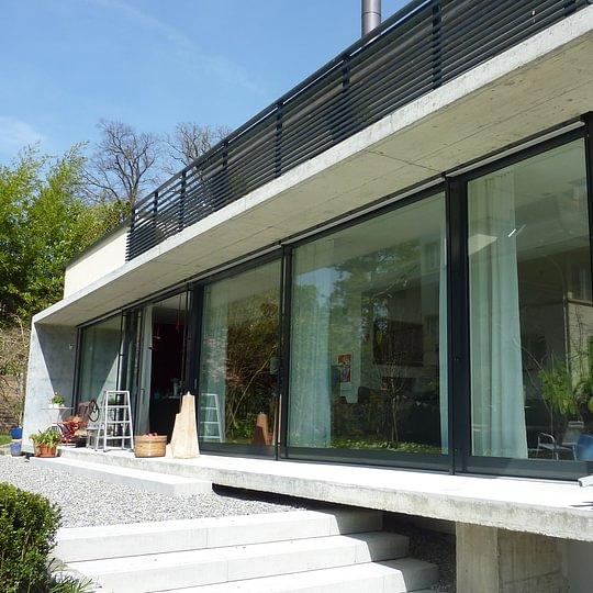 Fensterfront Hebeschiebefront, Holzbauwerk AG Ittigen