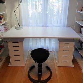 Schreibtisch mit Swopper 3D-Aktiv Bürostuhl