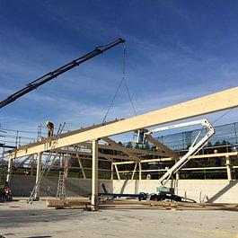 Aufrichten von Holzbauten...Kranarbeiten in Thun