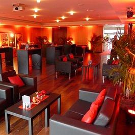 Lounge im Saal 2