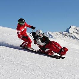 Pour personnes avec un handicap comme pour les non skieurs