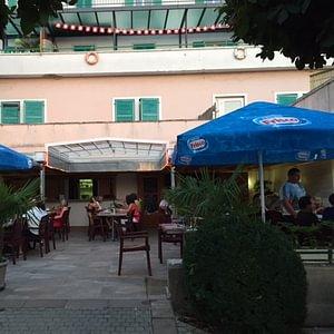 Restaurant de l'Ours Sàrl
