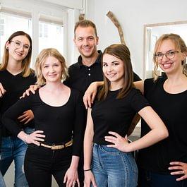 zollikhair Team