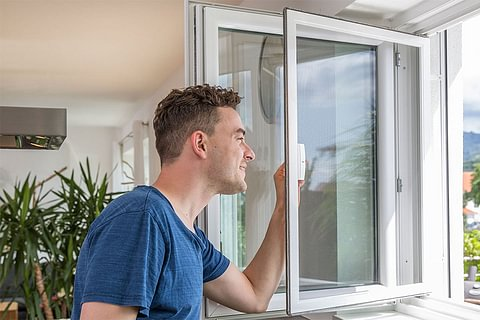 Insektenschutz Türe - Fliegengitter & Insektenschutzgitter für Fenster