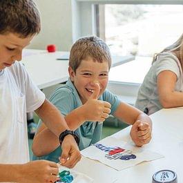 Kinderbetreuung, Bilingual school, Zweisprachige Schule, Privatschule, Tagesschule, Gymnasium