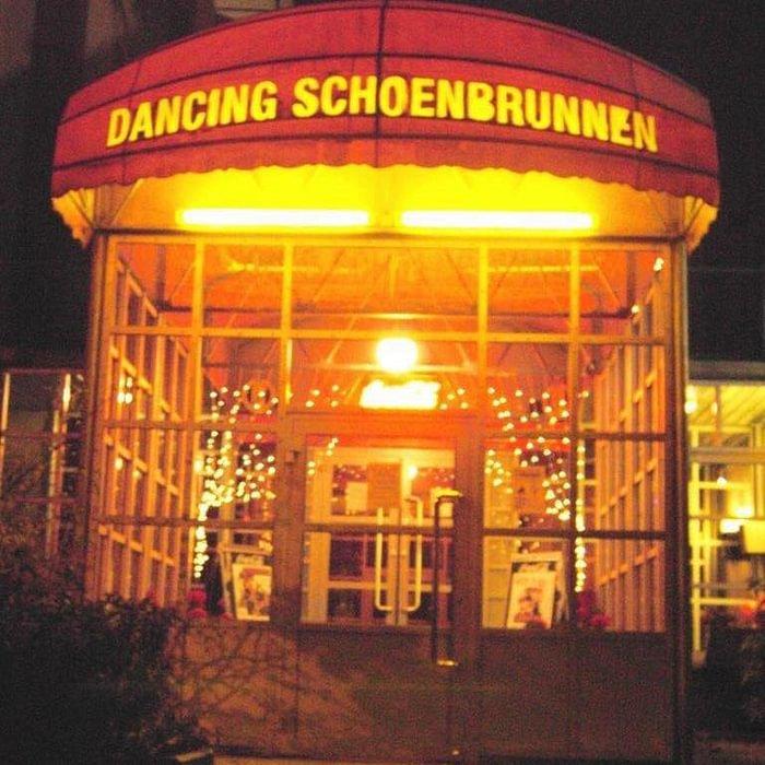 Dancing Schönbrunnen