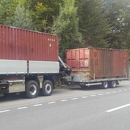 Transport de containers et mise en place