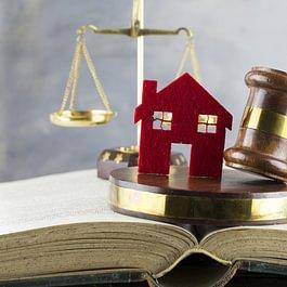 Ehe- und Scheidungsrecht.