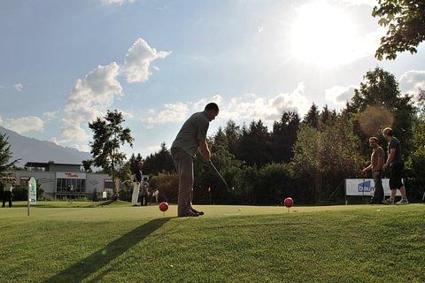 Putting Platz (Minigolf auf echtem Golfrasen)
