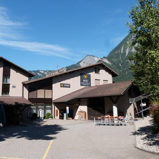 Hotel Sportcenter Fünf Dörfer AG