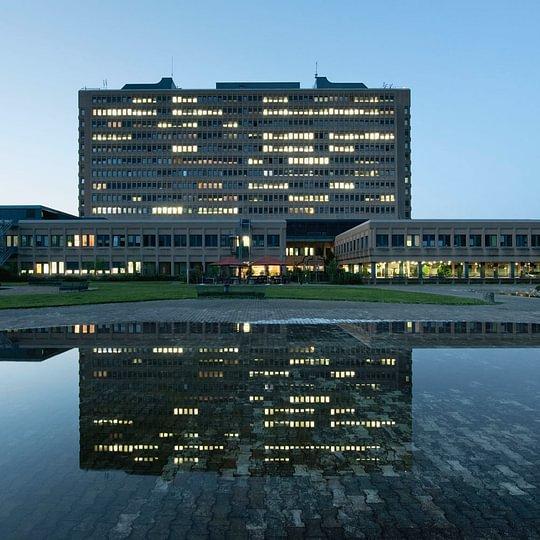 Das KSB verfügt über 400 Betten auf 13 Stockwerken.