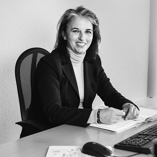 Prisca Graf-Gottschall, Rechtsanwältin
