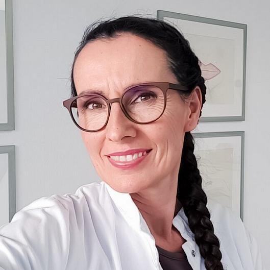 La spécialiste romande en maquillage permanent et dermopigmentation. Hôpitaux, Chirurgiens, Médecins lui font confiance depuis 18 ans déjà !