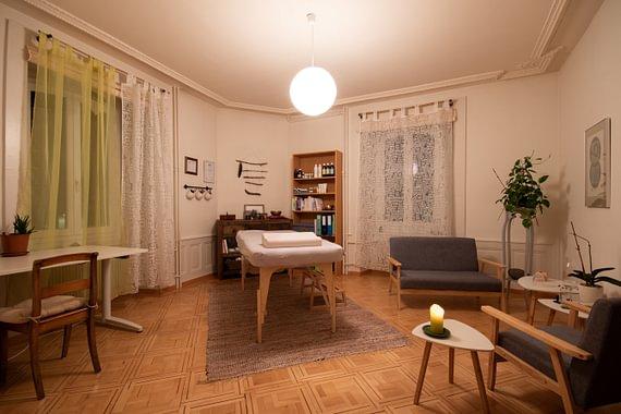 Salle de kinésiologie, massage ayurvédiques et crânio-sacrale