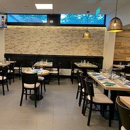 Salle de restaurant Le Blandonnet Pizza Kebab