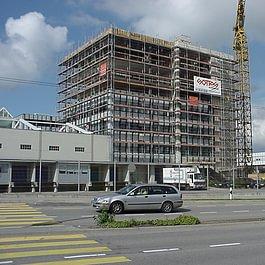 Cremo SA à Villars-sur-Glâne, bâtiment administratif - année 2002 - 2003