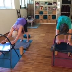 Yoga, 60 +