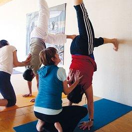Yoga stärkt, macht Spass und flexibel