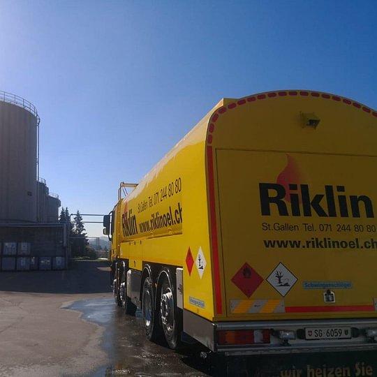 Die Riklin AG verfügt über das grösste Tanklager auf Stadt St. Galler Boden