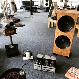 Musik verbindet - Bürkli HiFi Klangwelten Einzigartig in Baar / Zug