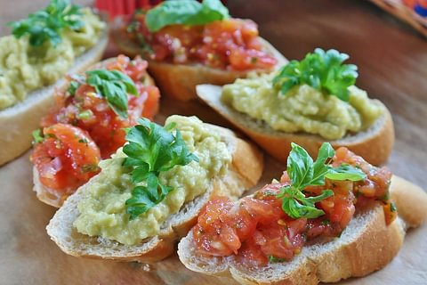 Flying Tapas & Wine Degustation