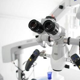 Zahnmikroskop für die ganz feinen Details