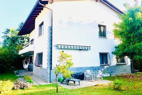 NOVAZZANO - bellissima casa indipendente con giardino e garage