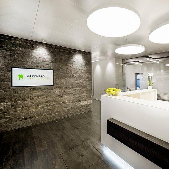 AJ Centro dentistico Stazione Bellinzona SA