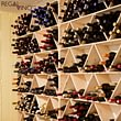 2 Weinregale für je 180 Flaschen mit Unterbau