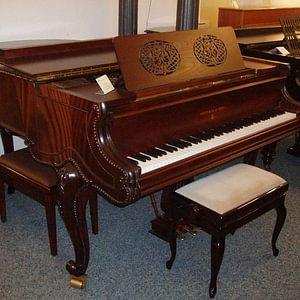 Pianohaus.ch, St. Gallen - Steinway & Sons Flügel