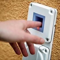 Per Fingerprint die Türen öffnen