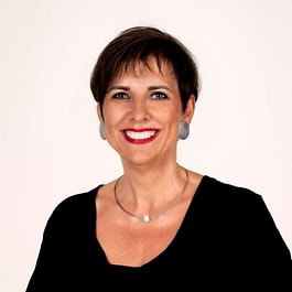 Yvonne Koch eidg.dipl.Kosmetikerin HFP, Permanent Make-up Stylistin