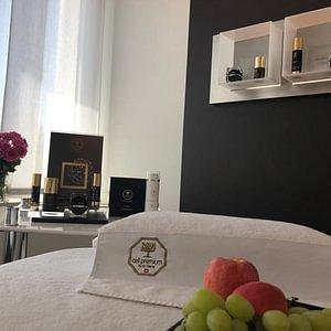 cell premium lounge